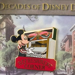 AP Exclusive 50th Anniversary Series Pin